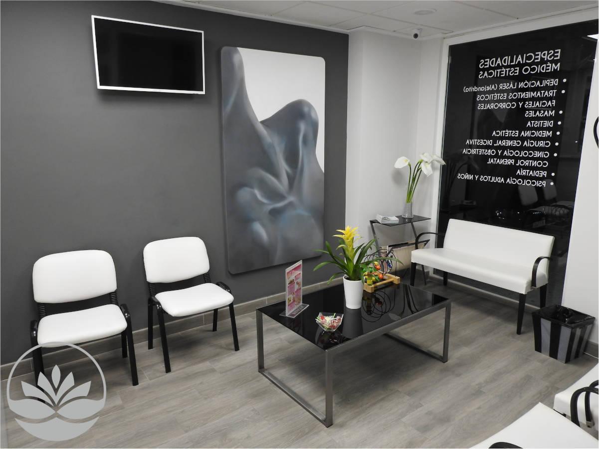 Sala de espera Centro Médico Estético Pylus Xàtiva