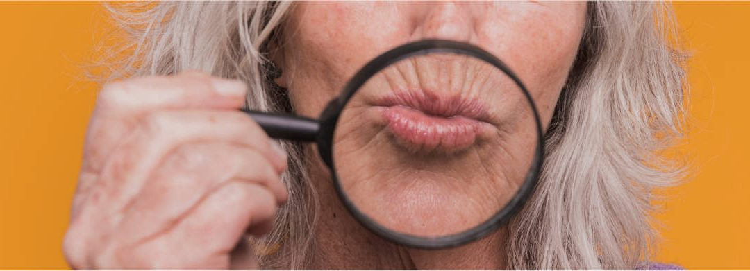 ¿ Por qué aparece el código de barras en los labios ?