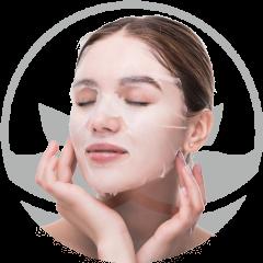 mujer-joven-con-mascarilla-cuidado-facial-y-tratamientos-de-belleza-en-xativa-centro-estetico-pylus