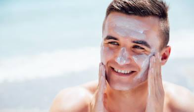 Tratamientos faciales hombre para cuidar la piel en verano por Centro Pylus